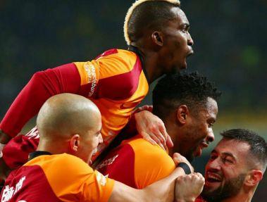 گالاتاسرای برنده کتککاری در دربی استانبول(عکس)